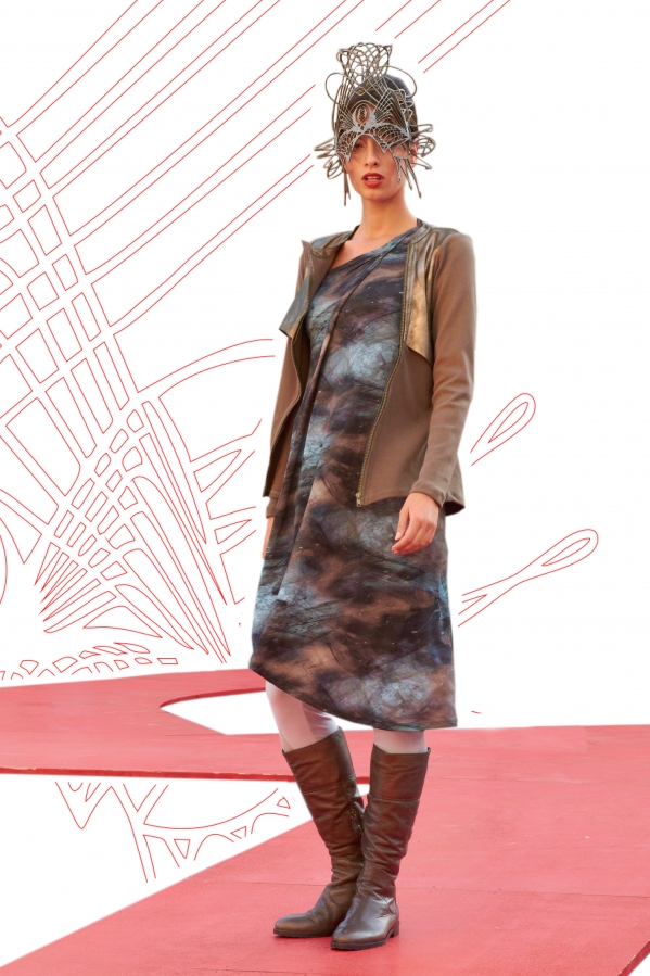 Pitour: Strickeweste mit Ledereinsatz, Jerseykleid | knitvest with leather-components,jerseydress
